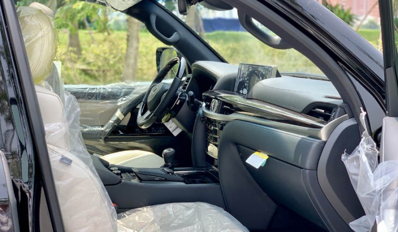 Lexus LX570 Inspiration 2019 full
