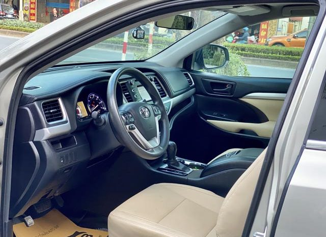 Toyota Highlander LE 2015 full