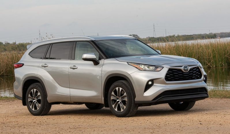 Toyota Highlander Platinum AMD 2021 full