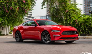 Ford Mustang 2.3L High Performance 2021 full