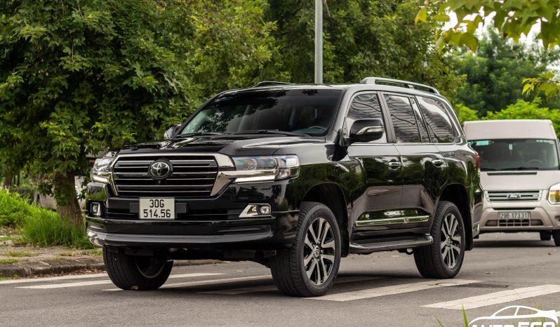 Toyota Land Cruiser LC200 4.5 diesel sản xuất 2017 full