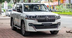 Toyota Land Cruiser VXS 4.6 Excutive Lounge 2021