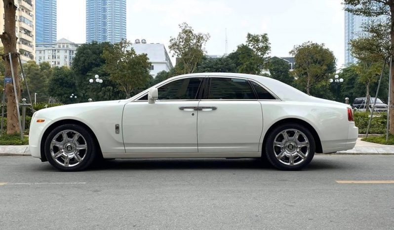 Roll Royce Ghost 2010 full