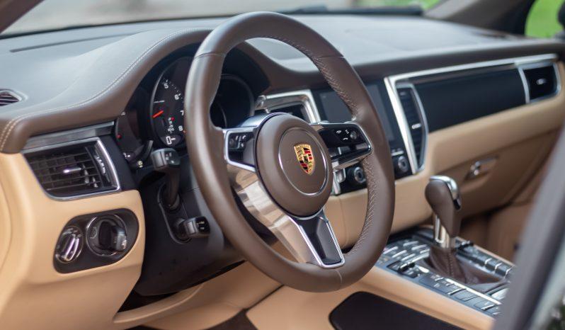 Porsche Macan 2018 full