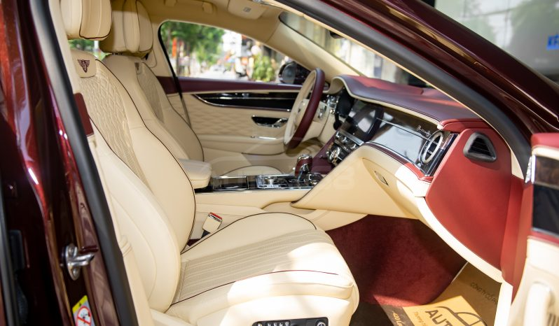 Bentley Flying Spur V8 First Edition 2021 full